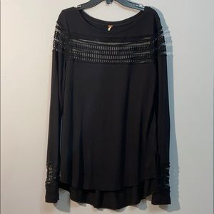 Free People 🦋 Size S Flowy Cool Black Top